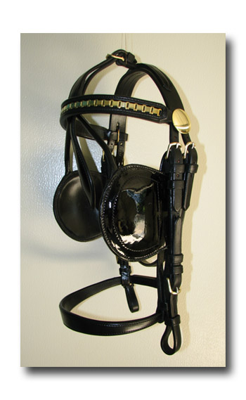 Black Leather Cob or Horse Padded Pleasure Harness